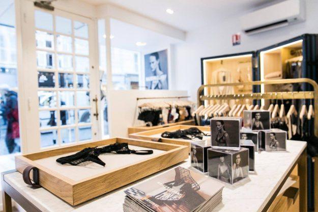Boutique lingerie invisible transparente Lejaby à Paris