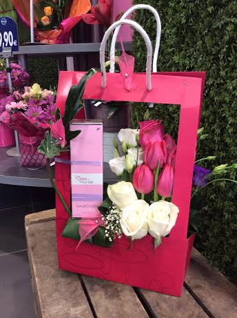 Saint valentin le bouquet des cr ateurs romain paris for Bouquet st valentin pas cher