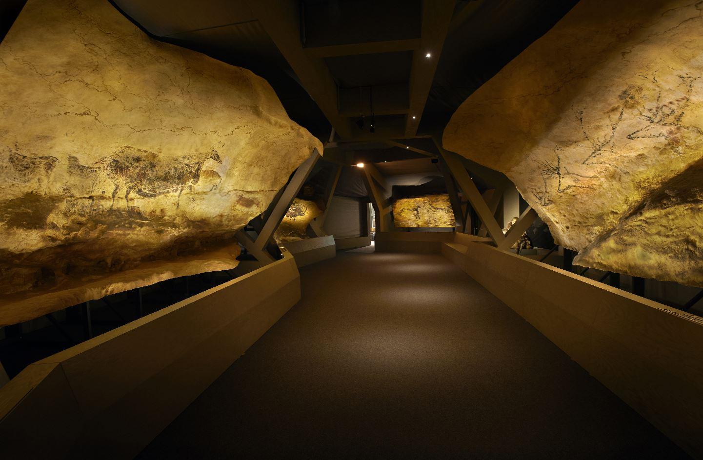 expo la grotte de lascaux paris 20 mai au 30 ao t. Black Bedroom Furniture Sets. Home Design Ideas