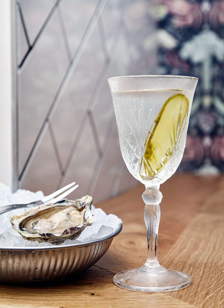 ISTR Bar Paris Cocktail Skildrenk Martini