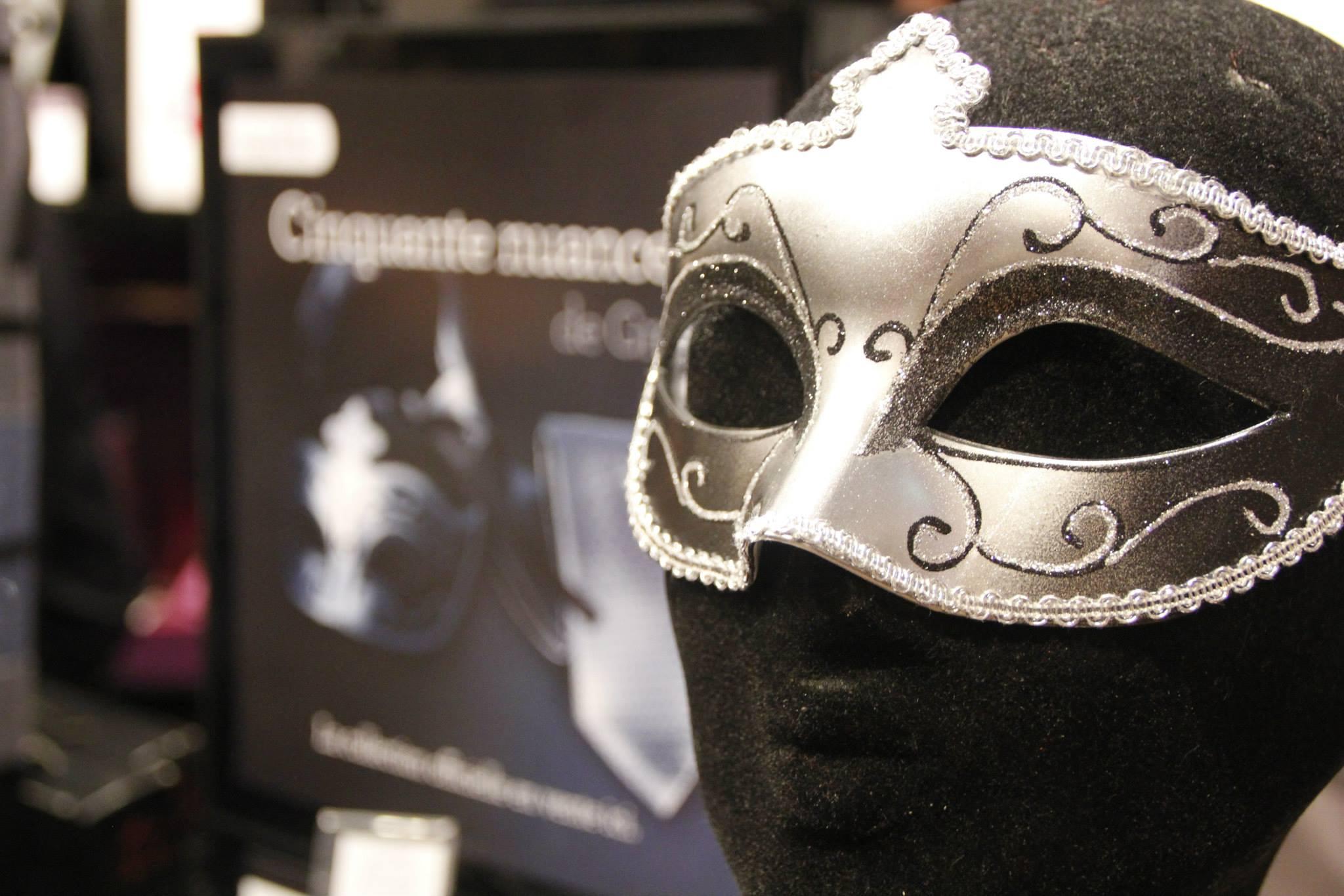Les masques militaires protecteurs pour la personne