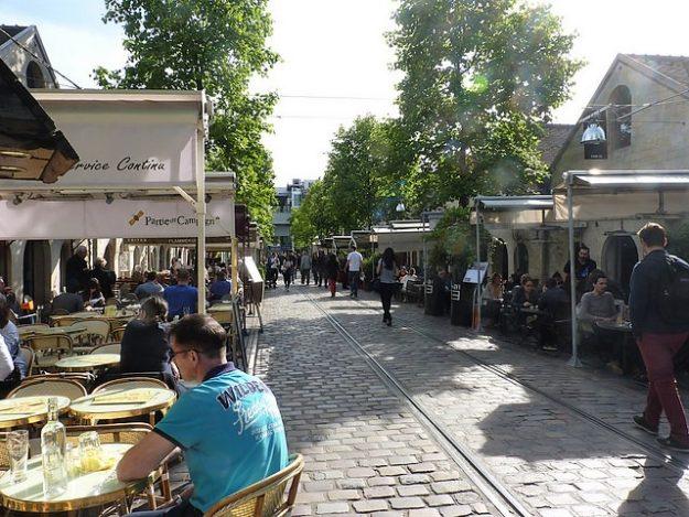 Paris Bercy Village restaurants Photo Luke McKernan via Flickr