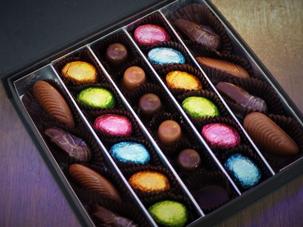 Coffret chocolats pralinés Pâques