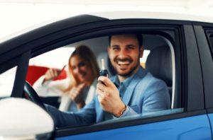 Posséder une voiture en ville, avantages et inconvénients